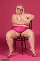 Lexie Cummings. Pink Sarong On The Chair Free Pic 10