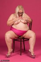 Lexie Cummings. Pink Sarong On The Chair Free Pic 13