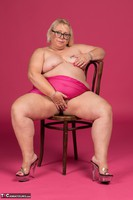 Lexie Cummings. Pink Sarong On The Chair Free Pic 14