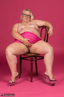 Lexie Cummings. Pink Sarong On The Chair Free Pic 15