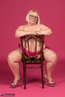 Lexie Cummings. Pink Sarong On The Chair Free Pic 17