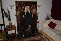 Barby Slut. Little Black Dress Free Pic 1