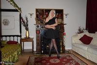 Barby Slut. Little Black Dress Free Pic 4