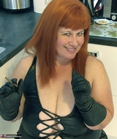 Mrs Leather. Smoky BJ Free Pic 19