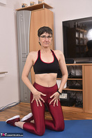 Hot Milf. Shiny Sports Leggings Pt2 Free Pic 15