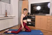 Hot Milf. Shiny Sports Leggings Pt2 Free Pic 17