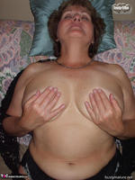 Busty Bliss. Get Over Here & Titty Fuck Auntie Bliss! Free Pic 9