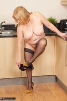 SpeedyBee. In The Kitchen Free Pic 20