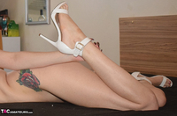 Phillipas Ladies. Electra Naked On The Bed Free Pic 1