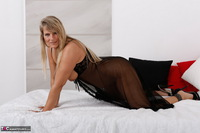 Sweet Susi. Blonde Milf In Bed Free Pic 14