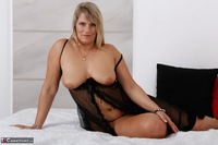 Sweet Susi. Blonde Milf In Bed Free Pic 15