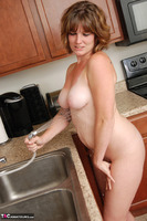 Misty B. Getting wet in the kitchen Free Pic 13