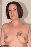 Phillipas Ladies. Jenna Shows Off Her Pussy Free Pic 2