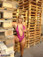 Sweet Susi. In The Garage Free Pic 4