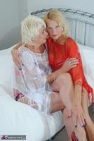 . Dimonty & Molly Free Pic 2