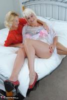 . Dimonty & Molly Free Pic 4