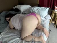 Sexy NE BBW. Pink Panties & Big Arse Free Pic 11