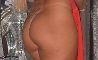 Phillipas Ladies. Dolly Shows Off Her New Dress Free Pic 14
