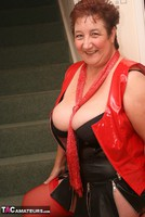 Kinky Carol. Red Stockings & Black Leather Pt1 Free Pic 3
