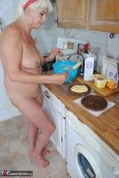 . Naked Cake Making Free Pic 5