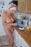 . Naked Cake Making Free Pic 9