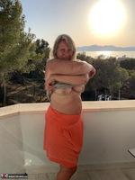 Sweet Susi. Naked At Sunset Free Pic 3