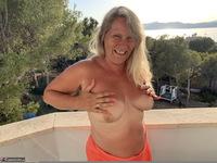 Sweet Susi. Naked At Sunset Free Pic 10