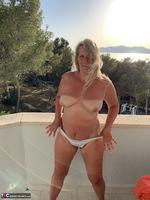 Sweet Susi. Naked At Sunset Free Pic 11