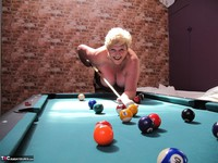 Kims Amateurs. Kim, Juicy Ginger & Candy At The Pool Table Free Pic 20