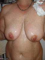 Busty Bliss. Shower & Blowjob Free Pic 3