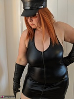 Mrs Leather. Domme With The Hat Free Pic 3