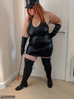 Mrs Leather. Domme With The Hat Free Pic 5