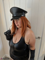 Mrs Leather. Domme With The Hat Free Pic 9