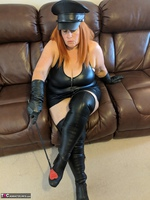 Mrs Leather. Domme With The Hat Free Pic 16