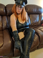 Mrs Leather. Domme With The Hat Free Pic 17