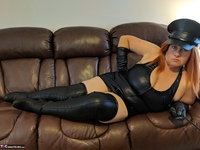 Mrs Leather. Domme With The Hat Free Pic 18