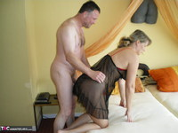 Sweet Susi. Fucking Instead Of Tidying Up Free Pic 2