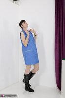 Hot Milf. Blue Apron Free Pic 11