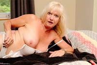 Veronique. Bedroom Massage Pt1 Free Pic 20