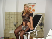 Sweet Susi. On The Gynie Chair Pt1 Free Pic 3