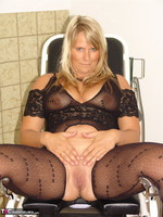 Sweet Susi. On The Gynie Chair Pt1 Free Pic 6