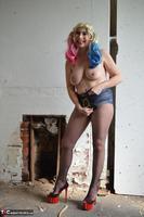 Barby Slut. Harley Quim Pt2 Free Pic 3