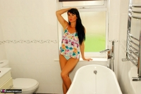 Raunchy Raven. Beautiful Raven Naked In Her Bathroom Pt1 Free Pic 1