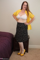 Missy. My Business Clothes Free Pic 3