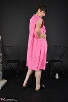 Hot Milf. Pink Apron Free Pic 11