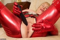 SpeedyBee. The Scarlet Lady Free Pic 11