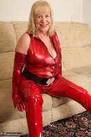 SpeedyBee. The Scarlet Lady Free Pic 19