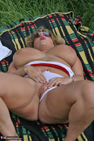 Curvy Claire. Field Of Wet Dreams Pt2 Free Pic 9