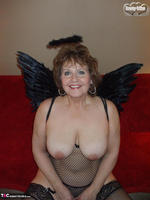 Busty Bliss. Dark Bliss Angel Free Pic 7