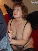 Busty Bliss. Dark Bliss Angel Free Pic 10